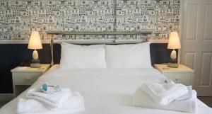 hotel-room2