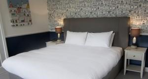 hotel-room6